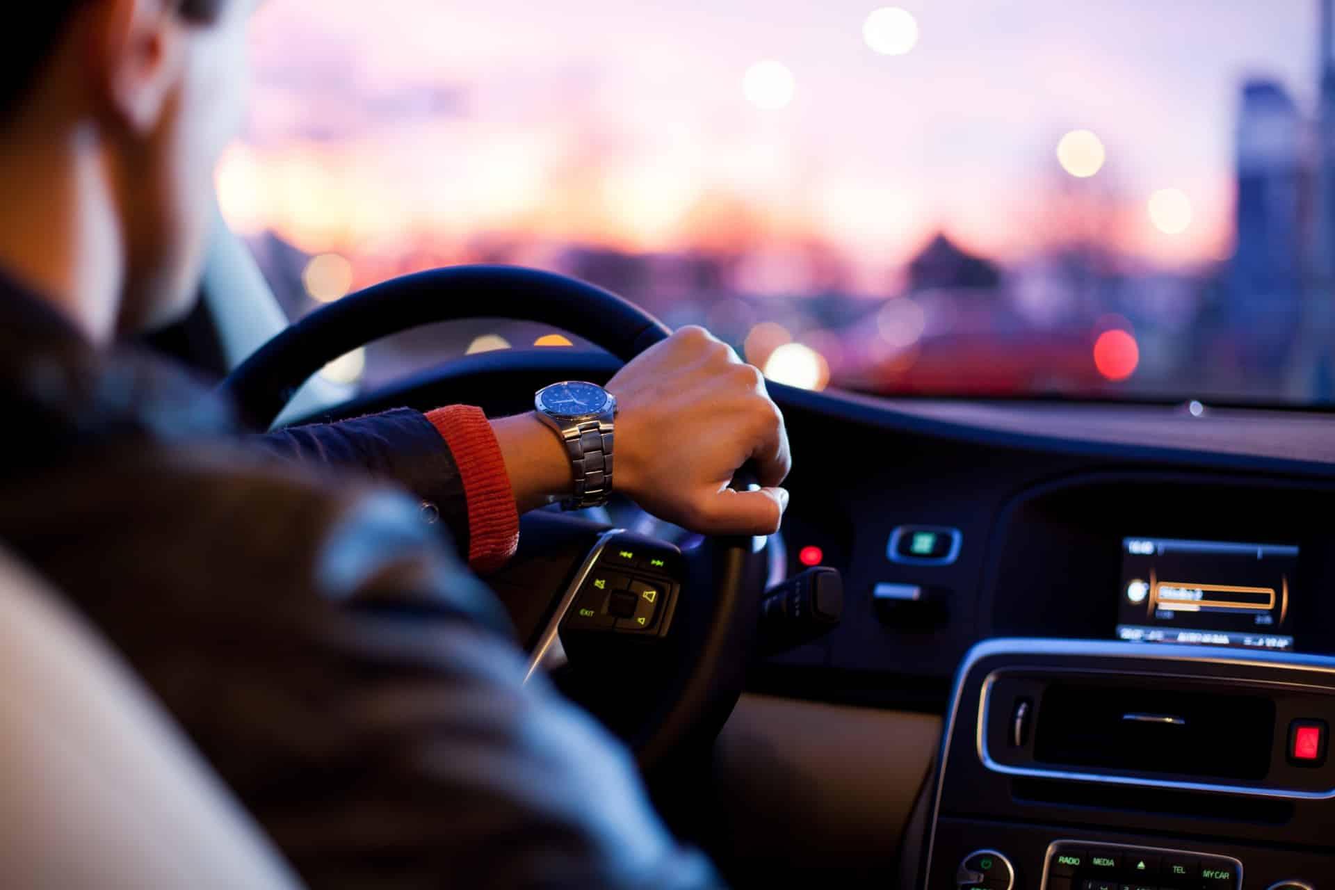 Suivre une formation pour devenir un chauffeur VTC